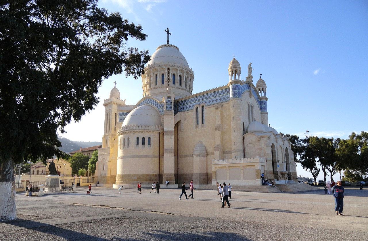 Католический храм