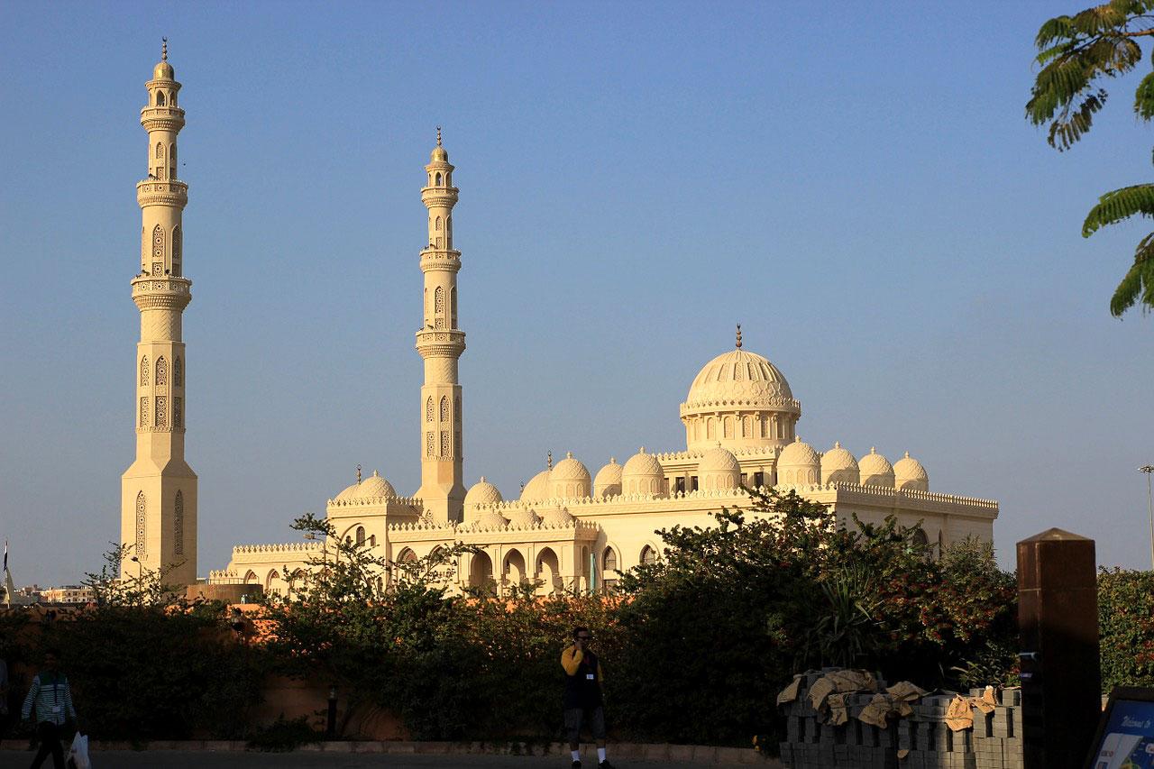 Мечеть в Хургаде