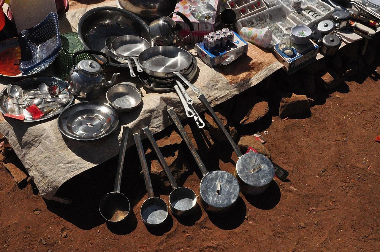 Вещевой рынок. Посуда