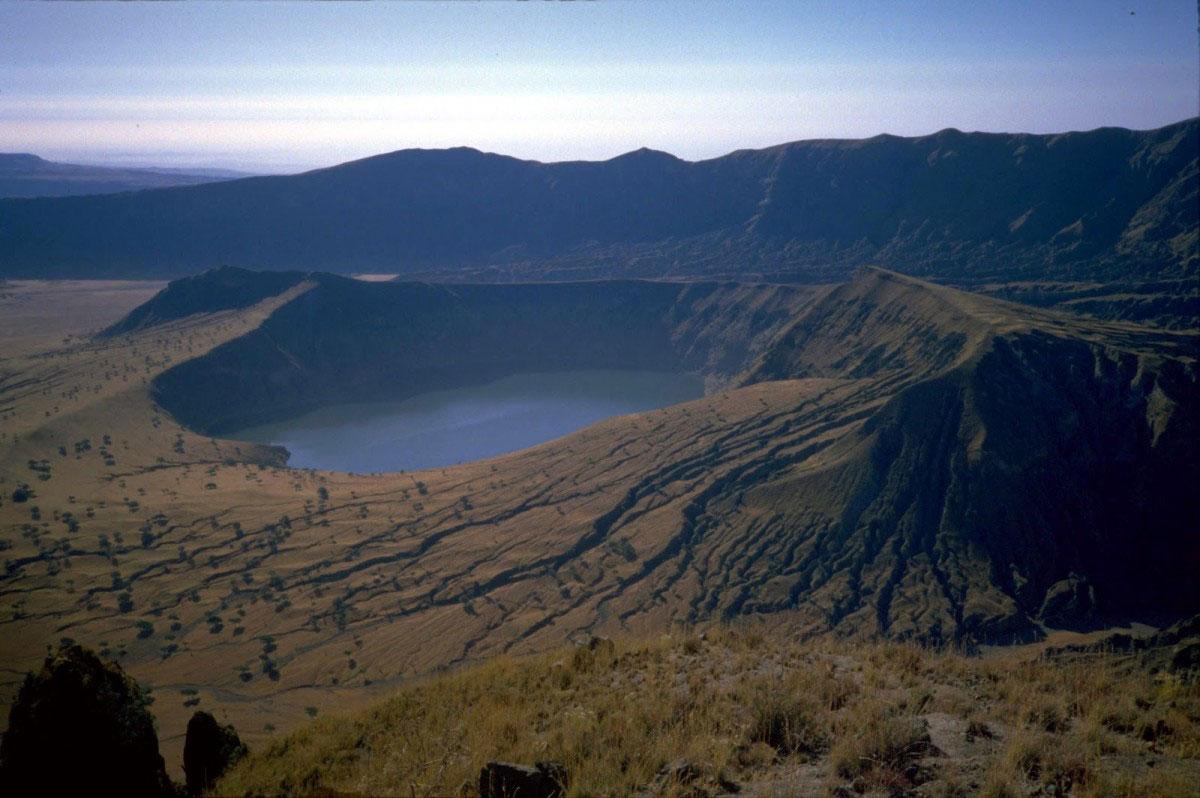 Кратерное озеро. Провинция Дарфур